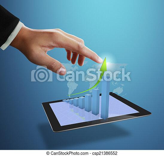 Geschäftsmann zeigt auf Wachstumsgrafik - csp21386552