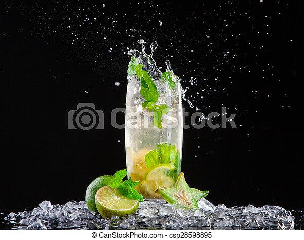 schizzo, mojito, bevanda, sfondo nero - csp28598895