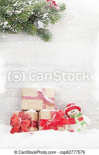 schneemann, tanne, spielzeug, geschenk, baum, kästen, weihnachten - csp62777579