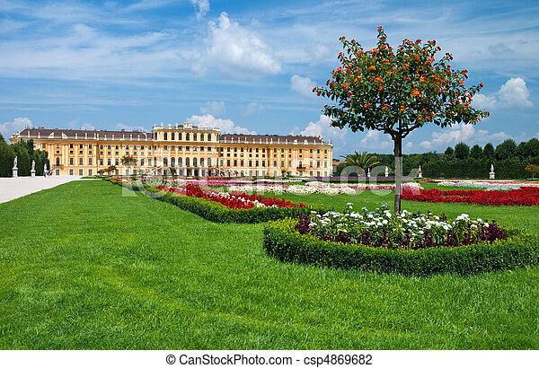 Schonbrunn Palace in Vienna. Austria  - csp4869682