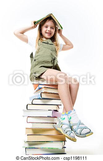 schoolgirl, buecher - csp1198111