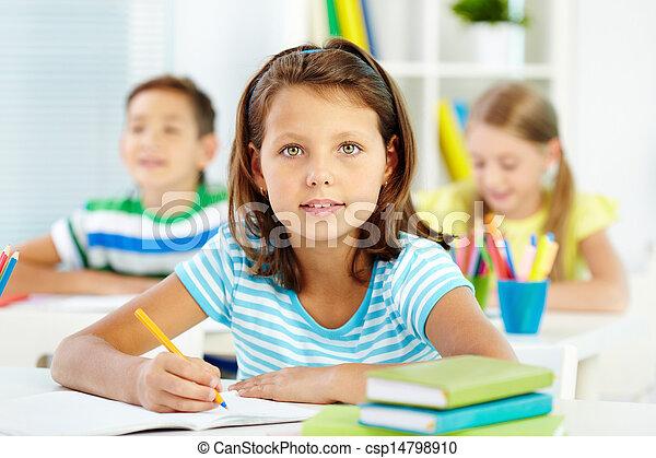 schoolgirl, mooi en gracieus - csp14798910