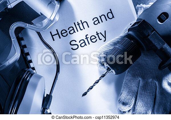 Registrieren Sie sich mit Schutzbrillen, Bohrern und Ohrhörern - csp11352974