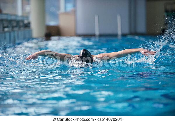 schwimmerin - csp14078204