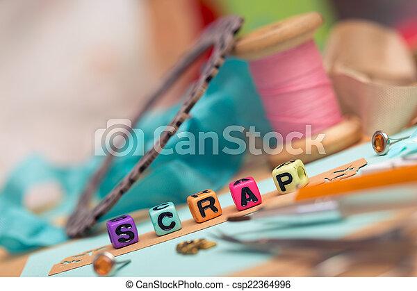 Libros de recortes - csp22364996
