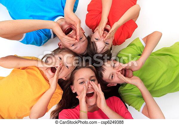 Screaming siblings in circle - csp6249388