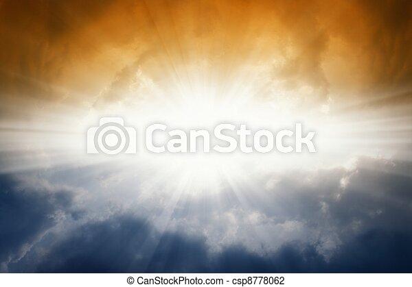 scuro, sole, cielo luminoso - csp8778062