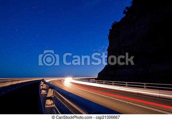 Sea cliff bridge - csp21306667