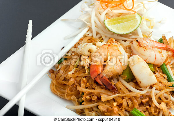 Seafood Pad Thai Fried Rice Noodles - csp6104318