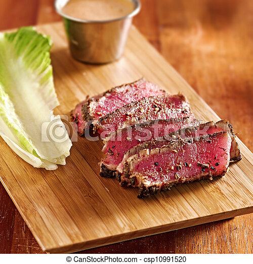 seared ahi tuna - csp10991520
