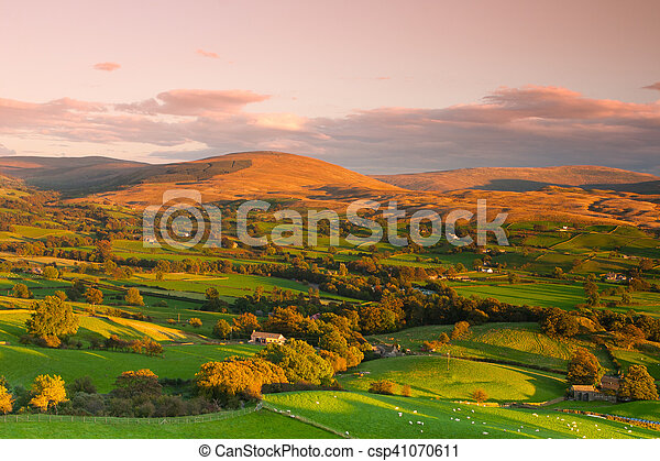 Sedbergh is a small town and civil parish in Cumbria, England. - csp41070611