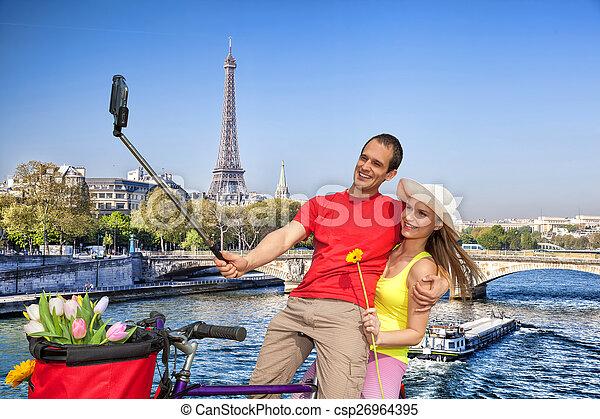 selfie, boeiend, eiffel, parijs, frankrijk, toren, paar - csp26964395