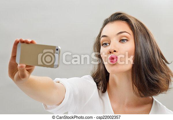 selfie - csp22002357