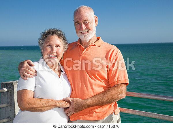 Senior Couple on Vacation - csp1715876