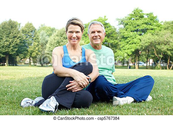 Senior couple - csp5767384