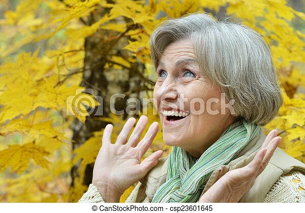 Senior woman in park - csp23601645