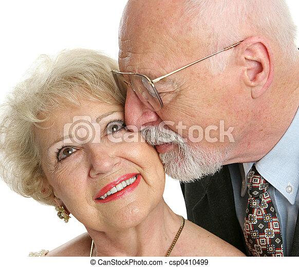 seniores, amor - csp0410499