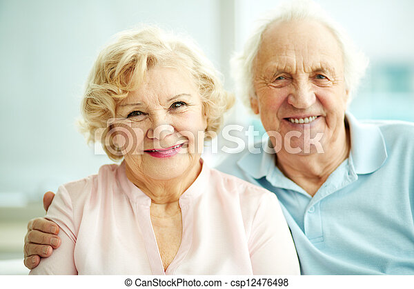 seniors, boldog - csp12476498