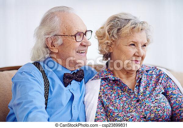 seniors, finom - csp23899831