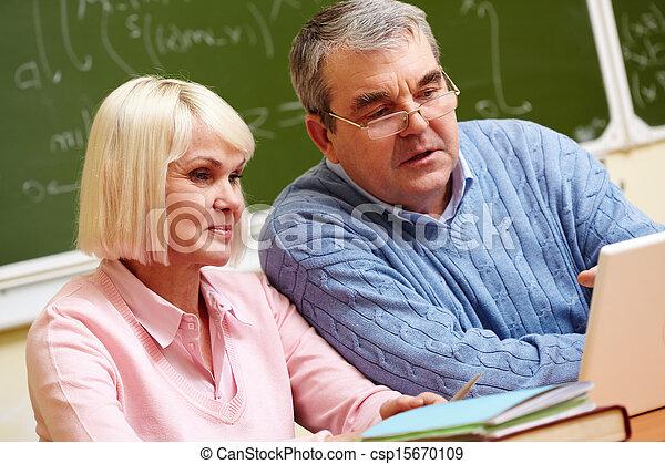 seniors, modern - csp15670109