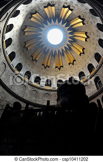 Sepulchre of Jesus Christ in the church of the holy sepulchre, Jerusalem, Israel. - csp10411202