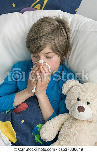 Aburrido de estar enfermo - csp37830849