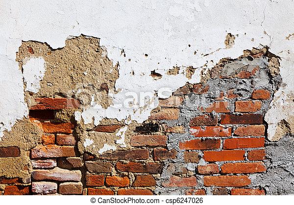La casa vieja está siendo remodelada - csp6247026