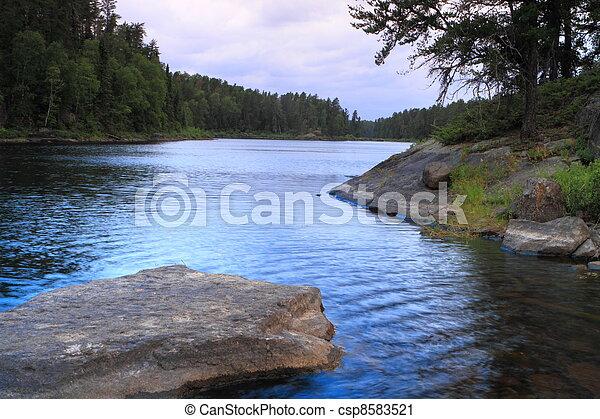 Lago Serene - csp8583521