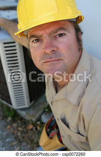 Serious AC Repairman - csp0072260
