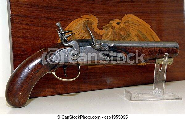 images de stock de serrure pistolet silex 150 ann e vieille antiquit csp1355035. Black Bedroom Furniture Sets. Home Design Ideas