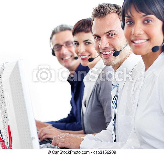 servicefachkraft, arbeitende , computer, vertreter, freudig - csp3156209