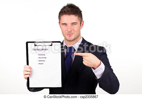 Hombre de negocios con el informe de servicio al cliente - csp2335867