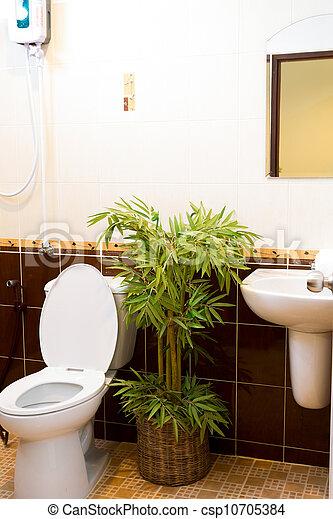 En el baño - csp10705384