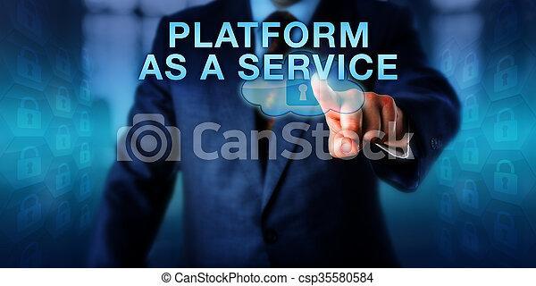 Cliente corporativo empujando PLATFORM como servicio - csp35580584