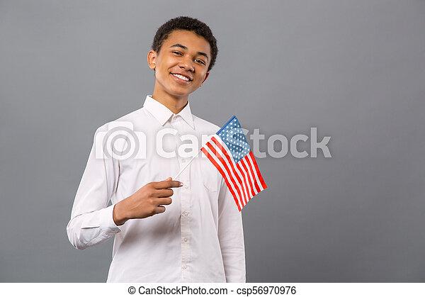 seu, sendo, país, orgulhoso, jovem, alegre, homem - csp56970976