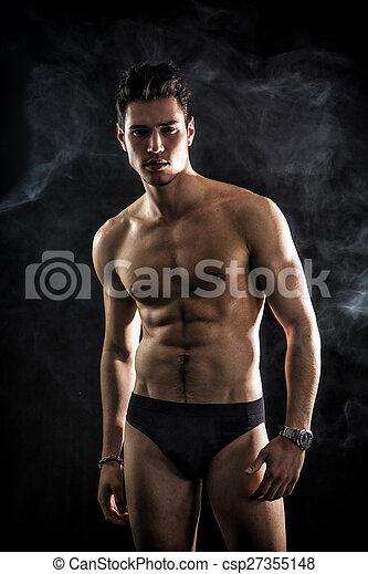 seulement, beau, noir, porter, jeune homme, debout, crise, sous-vêtements - csp27355148
