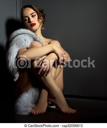 Nude island woman pics