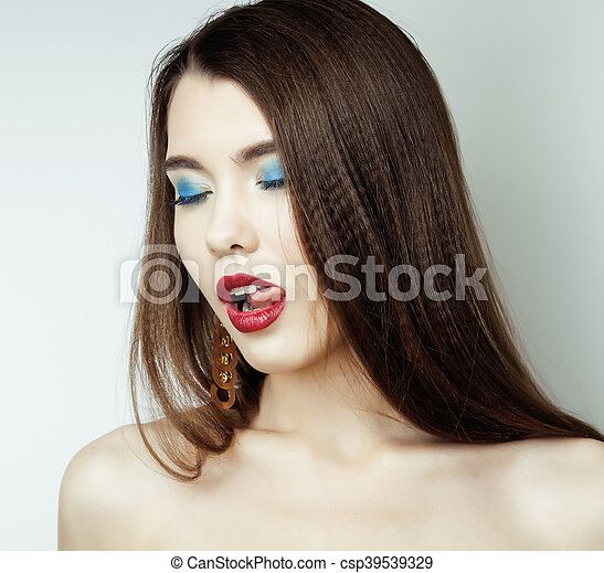 Sexy Beauty Girl with Red Lips - csp39539329