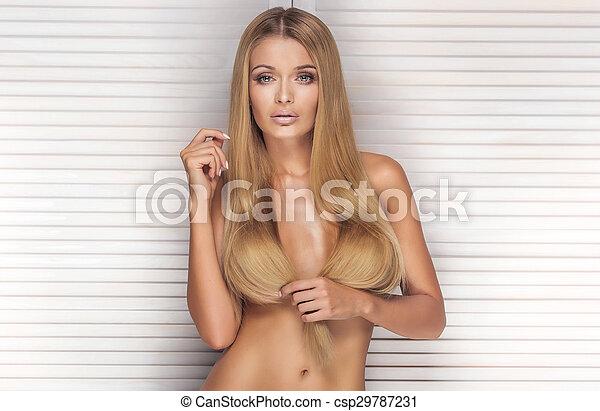 Amateur nude mature woman sex gif