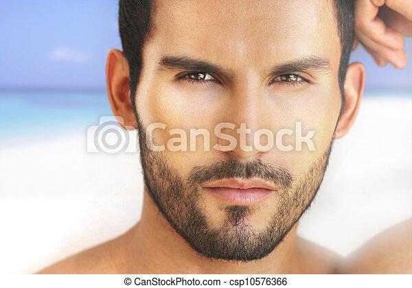 Cara de hombre sexy - csp10576366