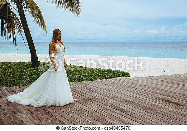 Sexy Girls Wedding Dress