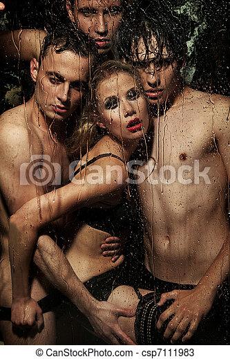 sexy, kobieta, przedstawianie, mężczyźni - csp7111983