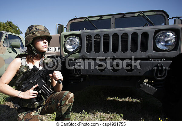 Sexy military woman  - csp4931755
