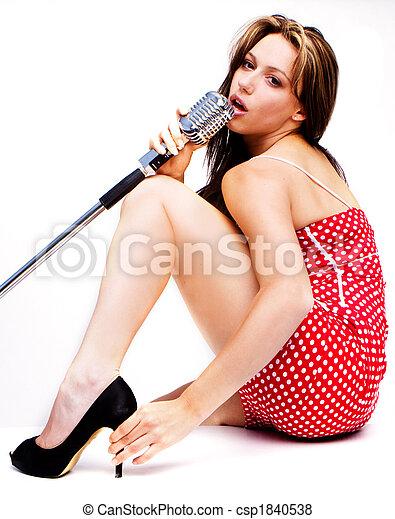 sexy-singing-girl