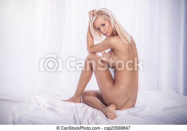 Sexiest naked blonde women