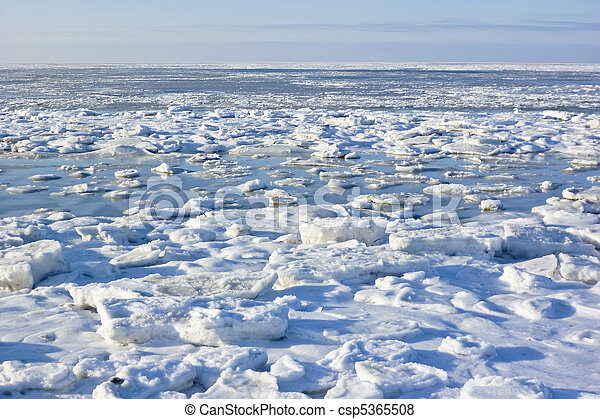 Sheets of ice - csp5365508