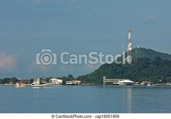 Ship in industrial port - csp16051959