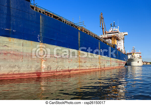 Ship in port - csp26150017