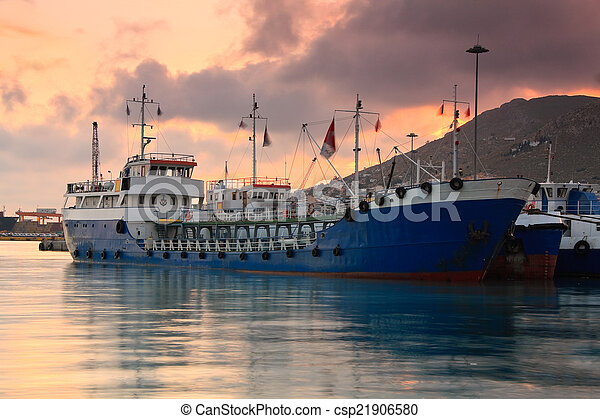 Ships in port of Piraeus, Athens. - csp21906580