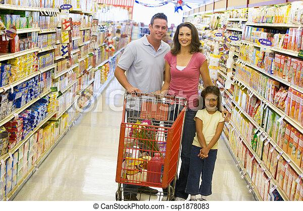 shopping drogheria, giovane famiglia - csp1878083